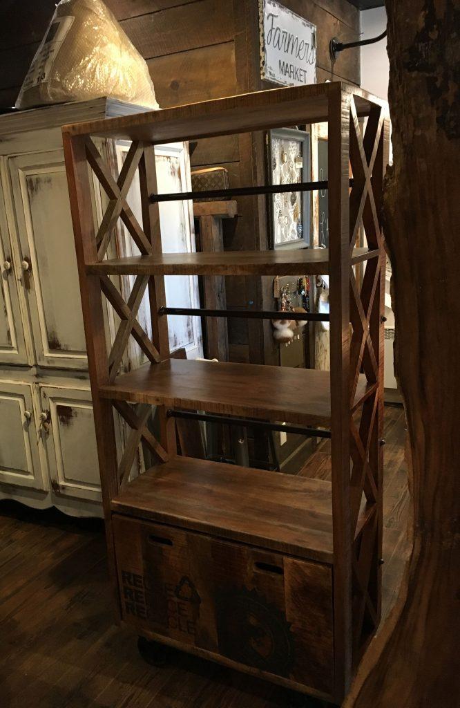 Bibliothèque en bois de manguier et métal